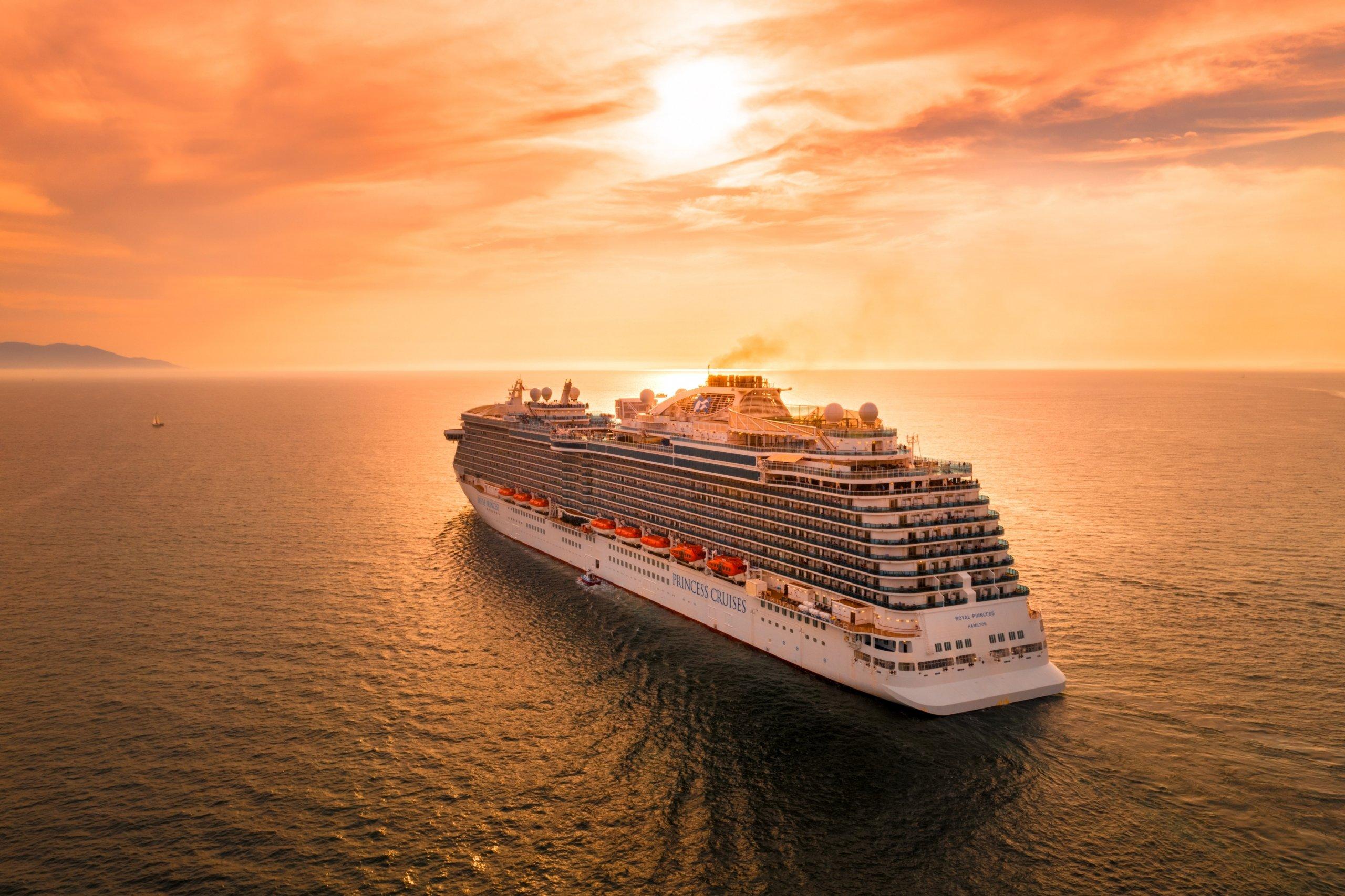 Cruise, Sailing, Ocean cruises